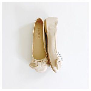 Zigi Soho ∙ Tage Bow Ballerina Flats